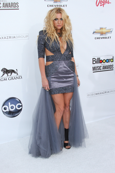 Kesha aka Ke$ha Fashion Pictures: Billboard Music Awards 2011 Photos, Pics