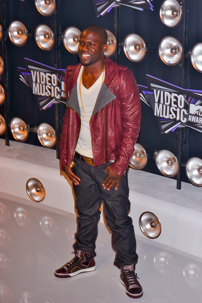 Kevin Hart Pictures: MTV Video Music Awards (VMAs) 2011 Red Carpet Photos, Pics