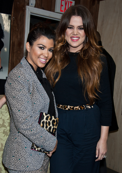 Kourtney Kardashian and Khloe Kardashian Pictures: Dollhouse Book Signing Photos, Pics