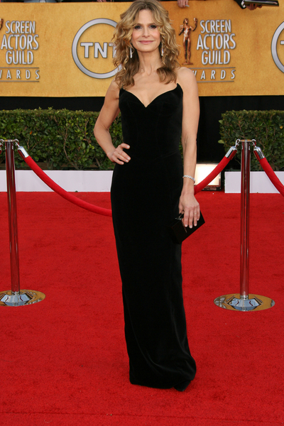 Kyra Sedgwick SAG Awards 2011 Red Carpet Pictures: 17th Screen Actors Guild Awards Photos and Pics
