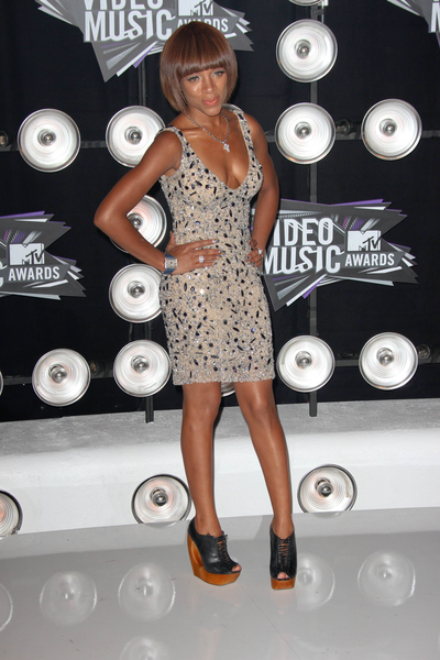 Lil Mama Pictures: MTV Video Music Awards (VMAs) 2011 Red Carpet Photos, Pics