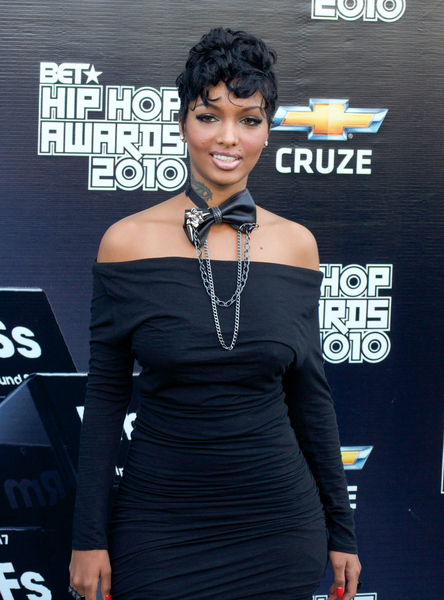 Angel Lola Luv aka Lola Monroe Pictures: BET Hip Hop Awards 2010 Black Carpet Photos and Pics