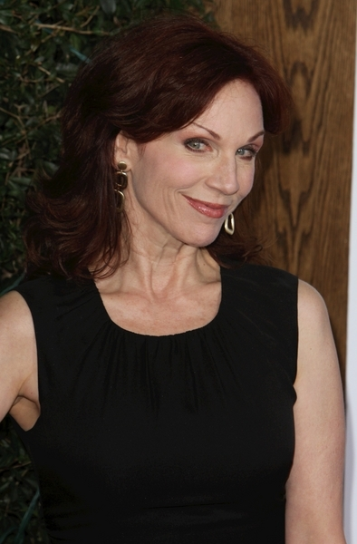 Marilu Henner Pictures: How Do You Know Movie Premiere Photos and Pics