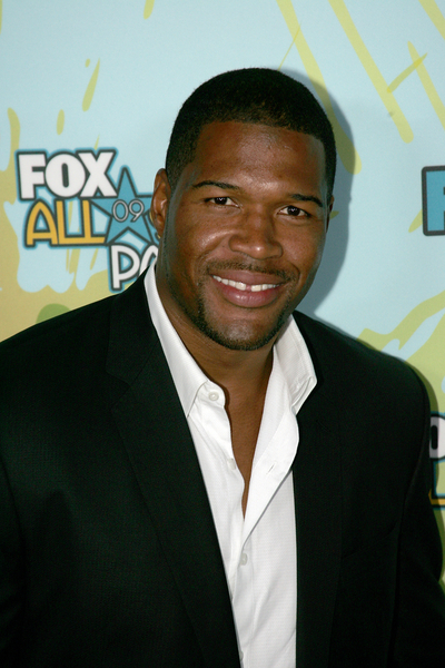 michael strahan haircut. Black Bedroom Furniture Sets. Home Design Ideas