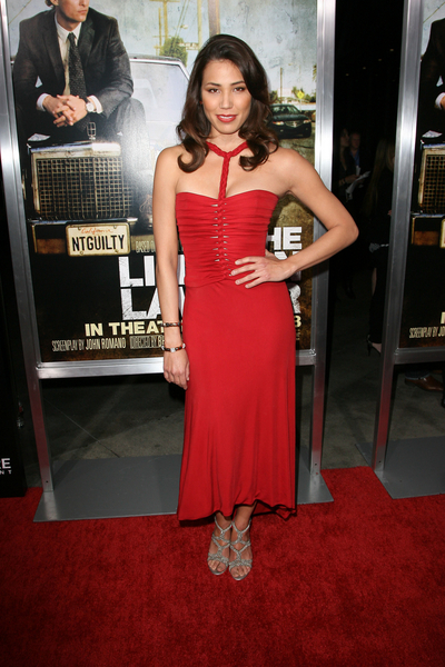 Michaela Conlin Hot Style Pictures: The Lincoln Lawyer Movie Premiere Photos, Pics