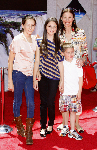 Mimi Rogers, daughter Lucy, son Charles Pictures, Photos, Pics - Earth Movie Premiere Red Carpet