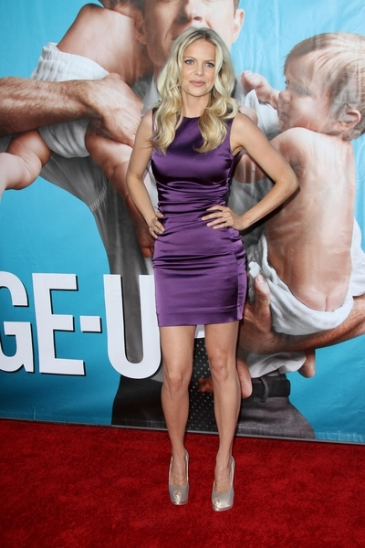 Mircea Monroe Hot Style Pictures: The Change-Up Movie Premiere Photos, Pics