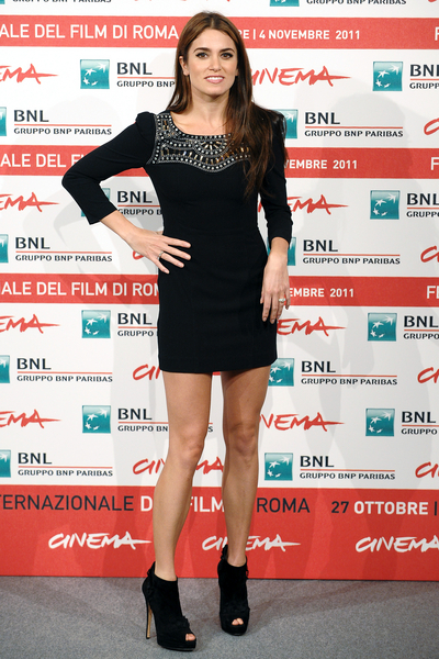 Nikki Reed Hot Style Pictures: The Twilight Saga: Breaking Dawn - Part 1 Rome Photocall Photos, Pics