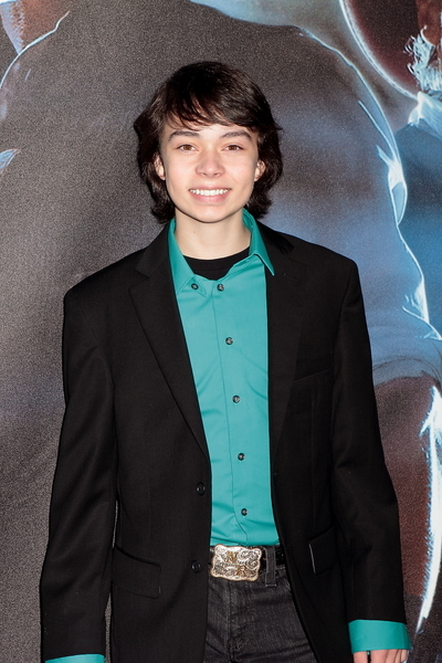 Noah Ringer Pictures: Cowboys and Aliens Movie Premiere Photos, Pics