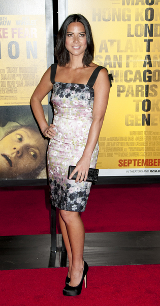 Olivia Munn Hot Style Pictures: Contagion Movie Premiere Photos, Pics