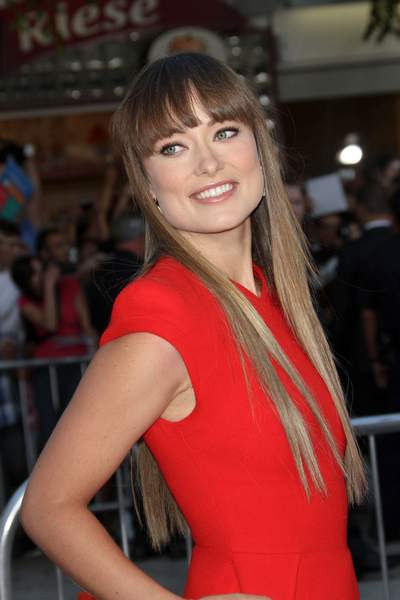 Olivia Wilde Hair Pictures: The Change-Up Movie Premiere Photos, Pics