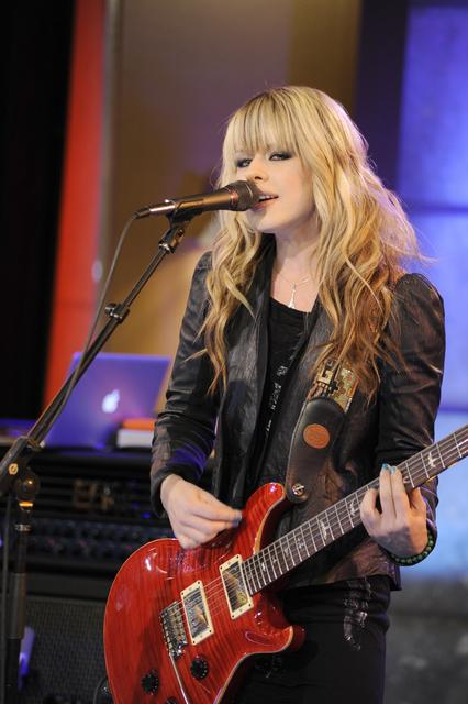 Orianthi Gallery Pictures Photos Pics Hot Sexy