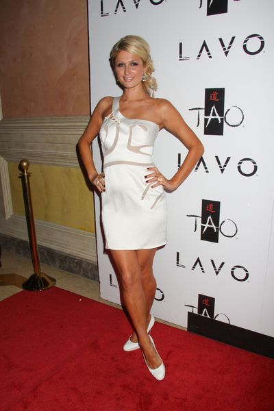 Paris Hilton Hot Style Pictures: 29th Birthday Party TAO Nightclub Venetian Las Vegas Photos