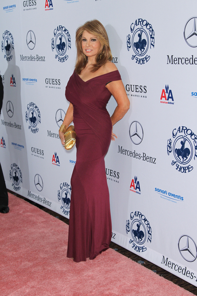 Raquel Welch Pictures: Carousel of Hope Ball 2010 Red Carpet Photos and Pics