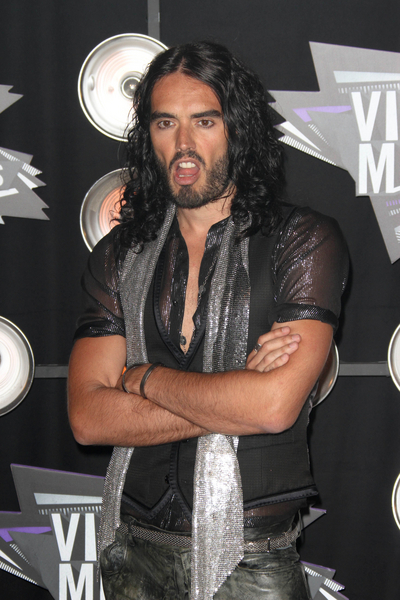 Russell Brand Pictures: MTV Video Music Awards (VMAs) 2011 Red Carpet Photos, Pics