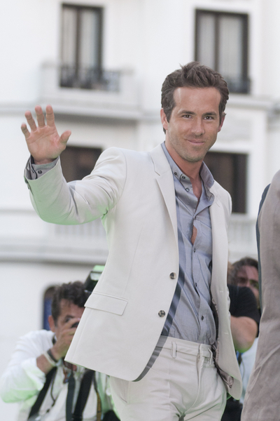 Ryan Reynolds Pictures: Green Lantern Madrid Movie Premiere Photos, Pics