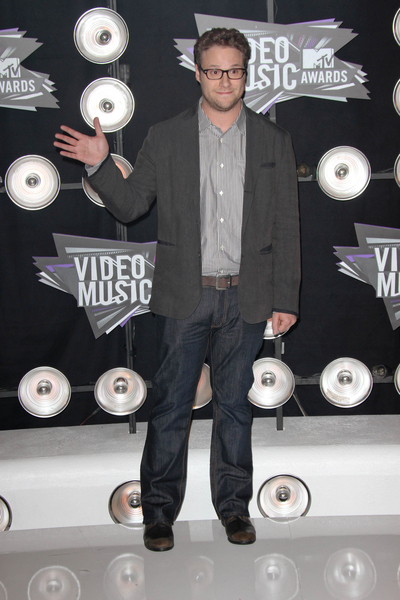 Seth Rogen Pictures: MTV Video Music Awards (VMAs) 2011 Red Carpet Photos, Pics