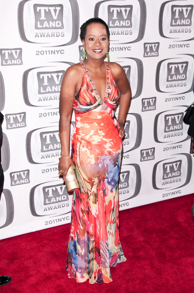 Tempestt Bledsoe Pictures: TV Land Awards 2011 Red Carpet Photos, Pics