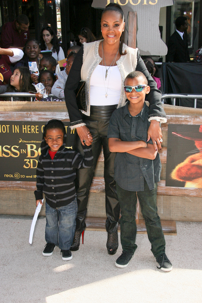 Vivica A. Fox, Kids Pictures: Puss in Boots Movie Premiere Photos, Pics