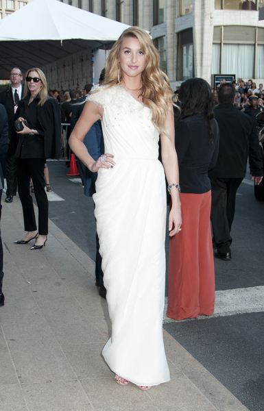 Whitney Port Hot Style Pictures: CFDA Fashion Awards 2011 Photos, Pics