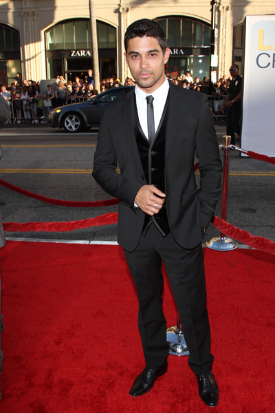 Wilmer Valderrama Pictures: Larry Crowne Movie Premiere Photos, Pics