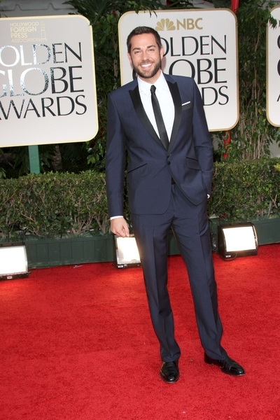Zachary Levi Pictures: Golden Globes 2012 Awards Red Carpet Photos, Pics