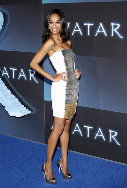 Zoe Saldana Hot Style Pictures: Avatar Premiere Red Carpet Photos